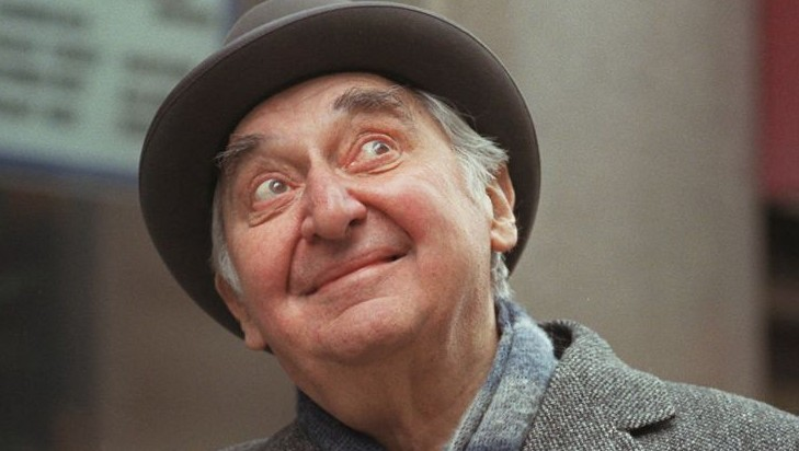 Emmy Winning Actor Fyvush Finkel Dies At 93 The Times Of