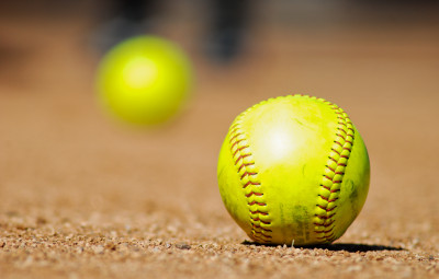 B'nai Torah Reaches Softball Semis 1