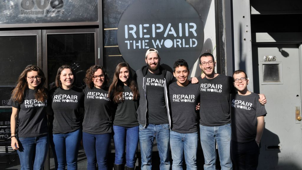 2016 Repair the World Fellows in front of their Crown Heights headquarters. (Repair the World/ via JTA)
