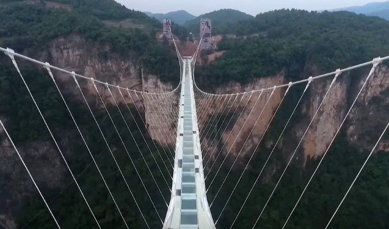 World's largest glass bridge opens in China