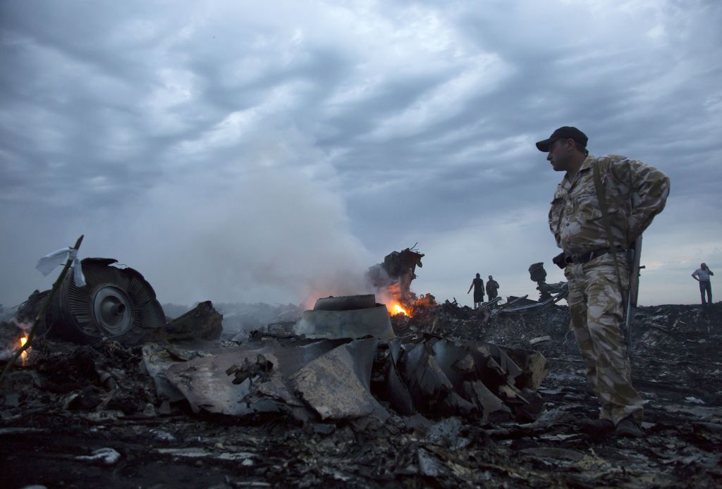 Russian missile downed Malaysia Airlines flight MH17: investigation team
