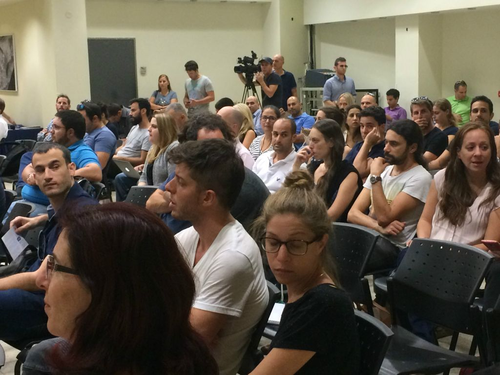 fearing curbs on the way i tech firms speed up us visa bids is at a relocation gathering in herzliya organized by ogen shoshanna solomon times of