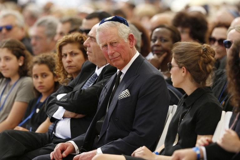 Britain's Prince Charles attends the funeral of former Israeli president and prime minister Shimon Peres at the Mount Herzl national cemetery in Jerusalem on September 30, 2016. (AFP PHOTO / POOL / ABIR SULTAN)