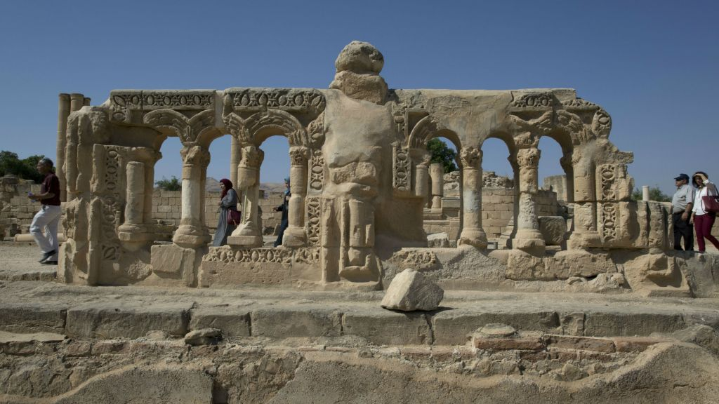 Visitors roam the Islamic archaeological site of Hisham Palace ahead of an opening ceremony, in the West Bank city of Jericho, Thursday, Oct. 20, 2016. (AP Photo/Nasser Nasser)