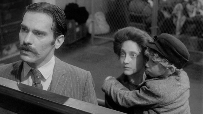 Steven Keats and Carol Kane star in 1974's 'Hester Street,' a story of the push-pull of immigrant assimilation. (Midway Films)