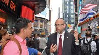 Physician/lawyer/entrepreneur Philip Rosenthal campaigning in Times Square. Courtesy of Rosenthal for Congress