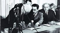 flickr_-_government_press_office_gpo_-_ben_gurion_left_signing_the_declaration_of_independence