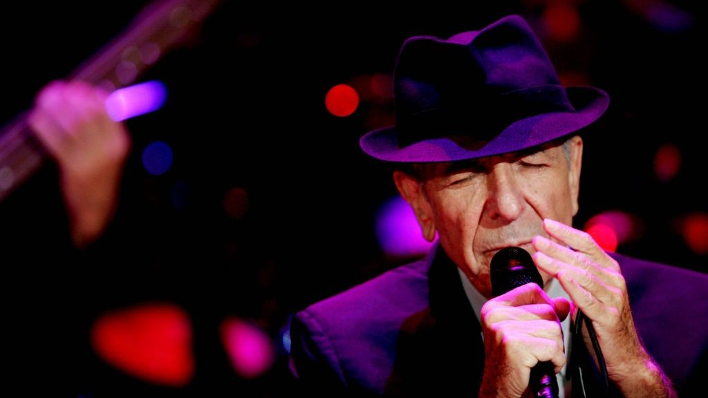 Leonard Cohen during a concert in Ramat Gan, Israel, September 24, 2009. (Marko / Flash90)
