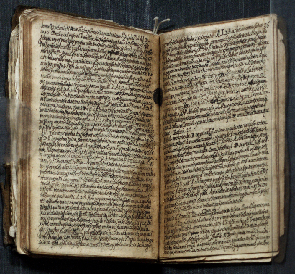 The autobiographical manuscripts of Luis de Carvajal the Younger, circa 1595, with devotional manuscripts. (Courtesy of the Government of Mexico)