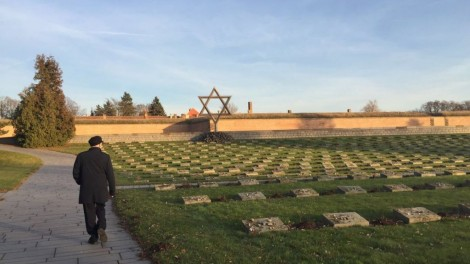 corbyn-at-terezin-2