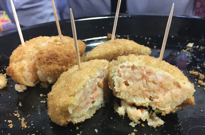 Dyna Seas' faux-crab cakes took home best new product honors at recent Kosherfest.