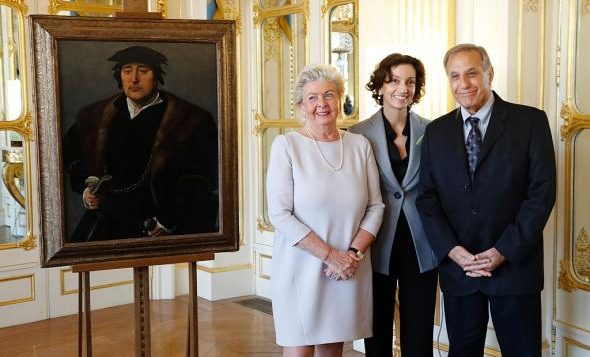 At a ceremony in Paris, France recently returned art to the grandchildren of Jews who were forced to see it during WWII. Getty