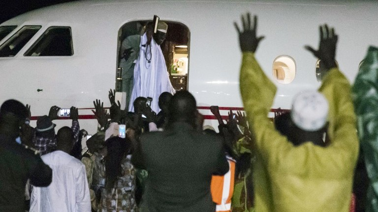 Gambia`s Jammeh faces last chance deadline to quietly quit