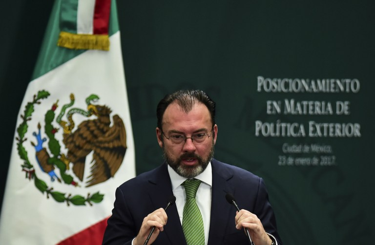 Mexico: Trump Agrees Not to Talk Publicly About Wall