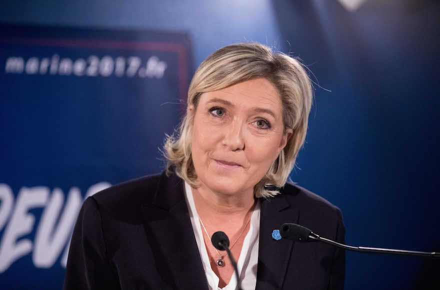 French election: Le Pen declares candidacy, attacks globalization