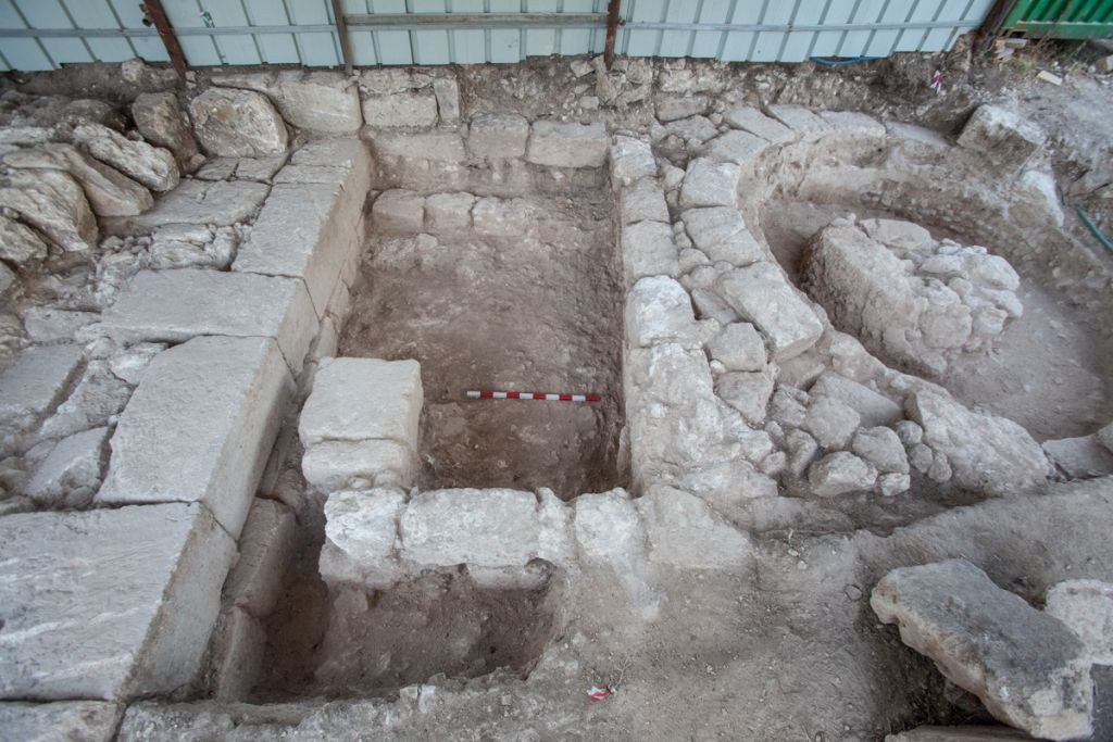 The Roman-era gateway found at Beit She'arim in late 2016 by University of Haifa archaeologists, on the left, and a later kiln on the right. (Adi Erlich/University of Haifa)