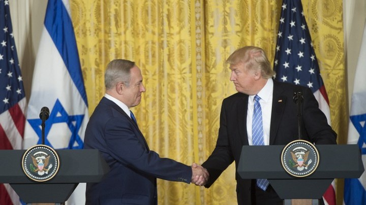US President Donald Trump, right, and Israeli Prime Minister Benjamin Netanyahu hold a joint press conference in the East Room of the White House in Washington DC, February 15, 2017. (AFP/Saul Loeb)