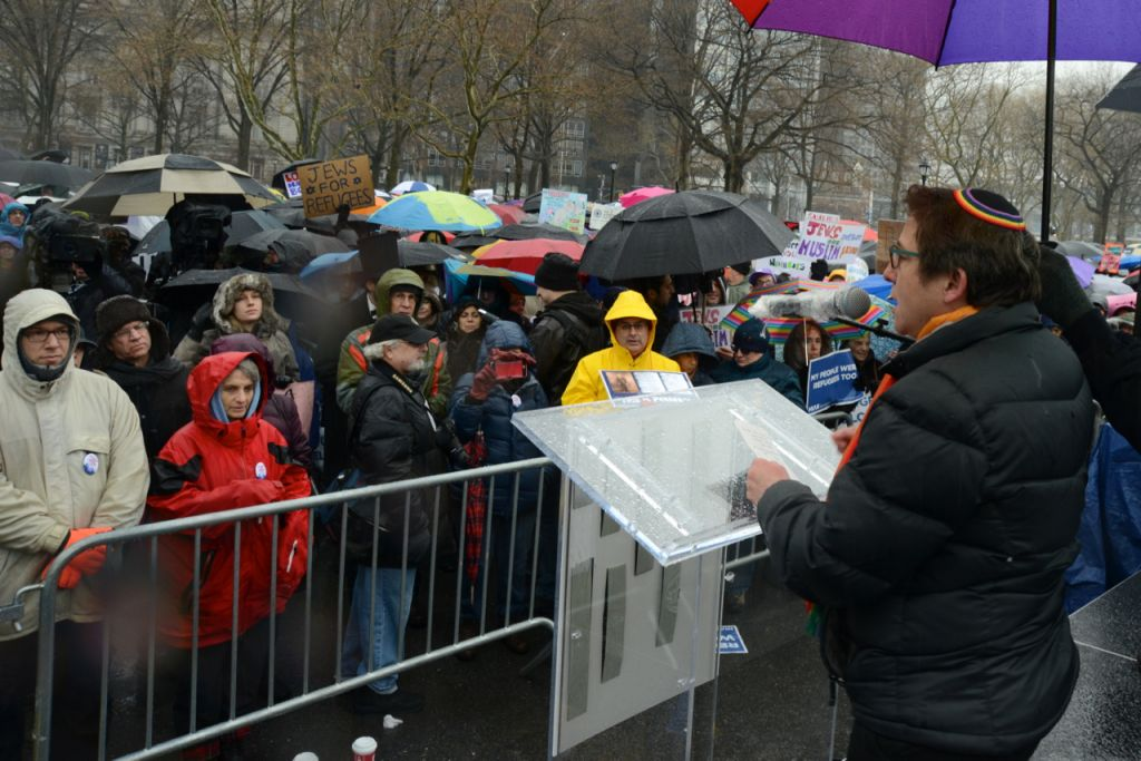 Rabbi Sharon Kleinbaum, Senior Rabbi, Congregation Beit Simchat Torah in New York, addresses hundreds at the Jewish Rally for Refugees in Battery Park, New York, on February 12, 2017. (Courtesy HIAS)
