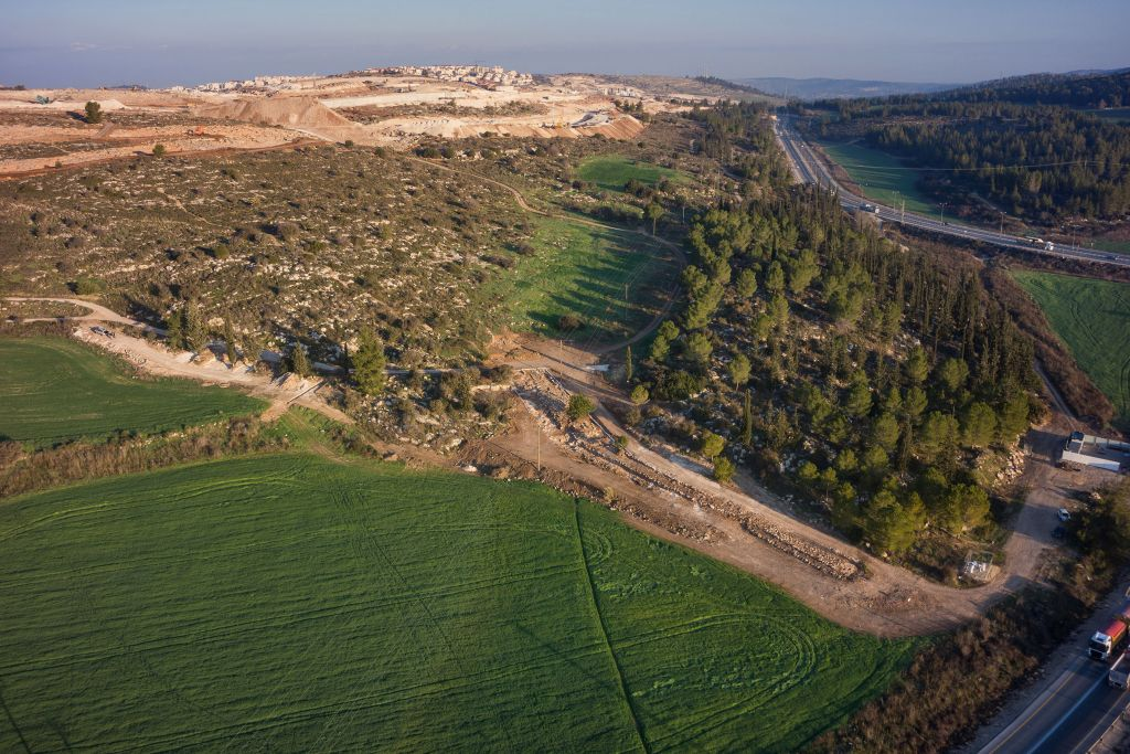 Aerial photographs of a Roman road excavated by the IAA near Beit Shemesh in February 2017. (The Griffin Aerial Photography Company, courtesy of the Israel Antiquities Authority)