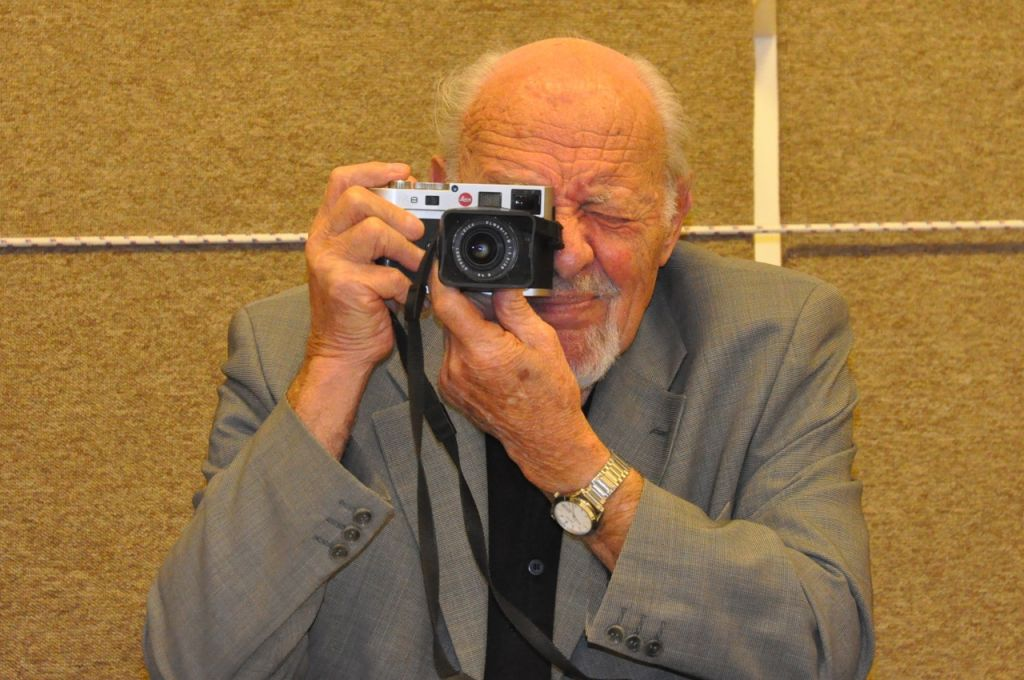 David Rubinger with his Leica camera