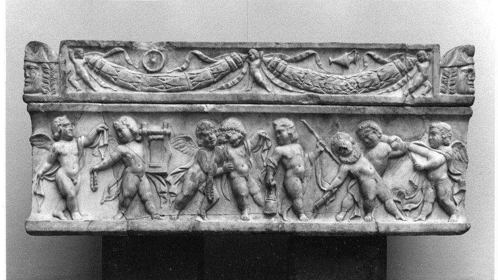 This undated photo provided by Staatliche Museen zu Berlin shows a Roman children sarcophagi, an art peace from the art collection of German-Jewish publisher Rudolf Mosse. (Staatliche Museen zu Berlin via AP)