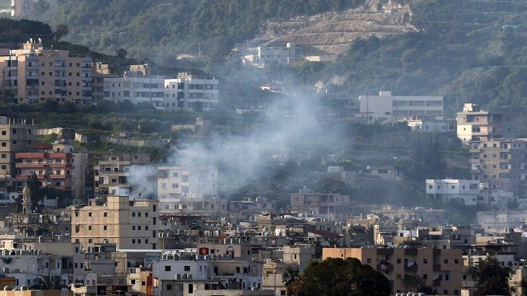 Fierce clashes rock Palestinian refugee camp in Lebanon