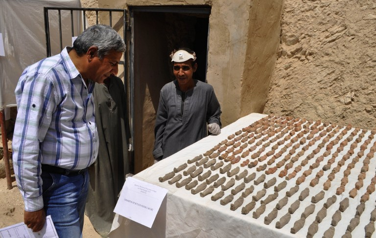 Archaeologists find 1000 statues in tomb in Egypt's Luxor