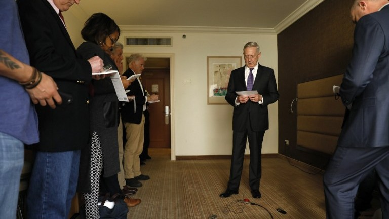 US Defense Secretary James Mattis (C) briefs reporters after his arrival in Tel Aviv on April 20, 2017. (AFP Photo/Pool/Jonathan Ernst)