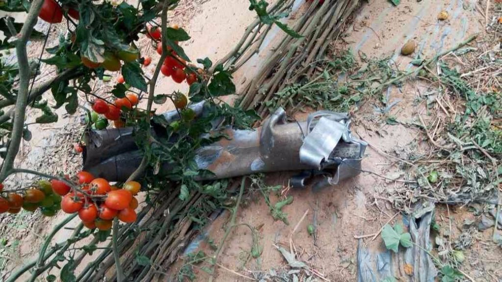 The remains of a rocket fired from Sinai that struck an Israeli greenhouse in the village of Yuval in the Eshkol region on April 10, 2017. (Israel Police)