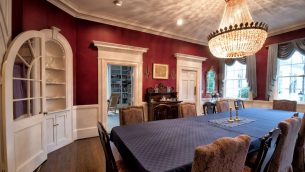 HM-Goldstein Dining room