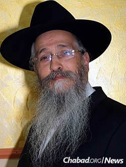 Rabbi-Mendel-Deitsch
