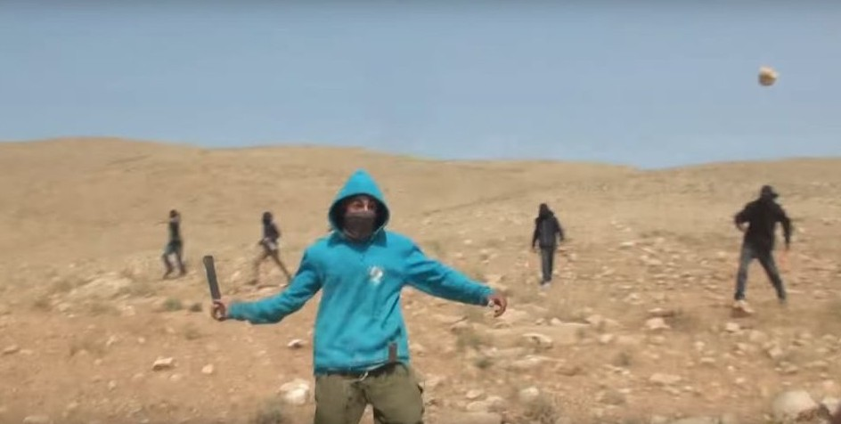 Masked men attack activists in Israeli rights group clip