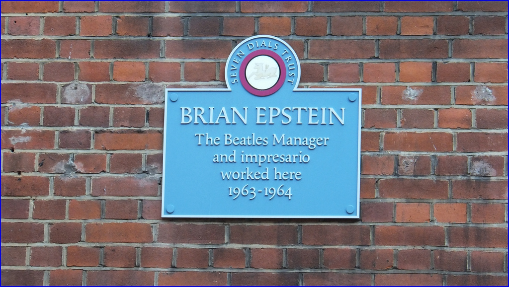 Plaque dedicated to Brian Epstein. (Flickr)