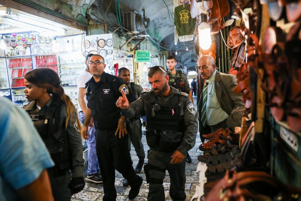 Israeli security forces in Jerusalem's Old City after a stabbing attack in which one police officer were injured and the assailant was shot and killed by Israeli police, on May 13, 2017. (Flash90)
