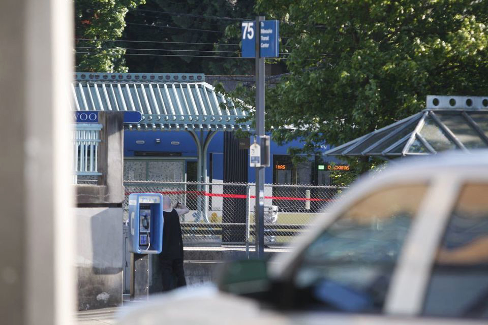 Police eye Oregon stabbing suspect's ideology
