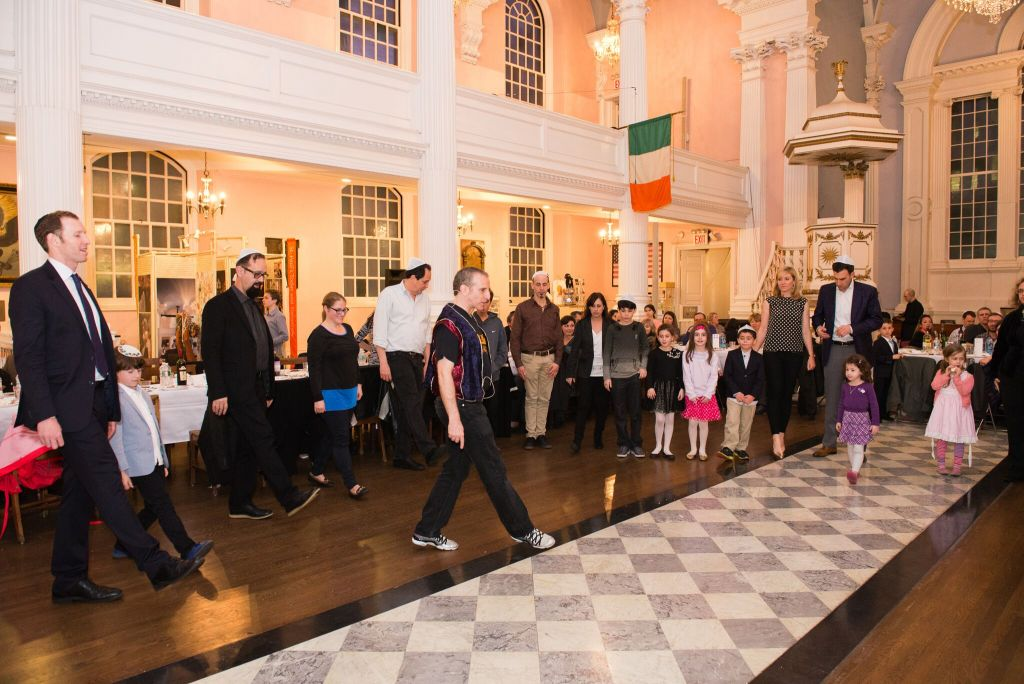 Tamid Downtown Synagogue hosting Israeli dance at St. Paul's Chapel on Shabbat. (Courtesy)