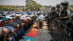 Muslim leaders continue to call for for mass protest prayers outside Temple Mount, against the new security arrangements.   Photo by: JINIPIX