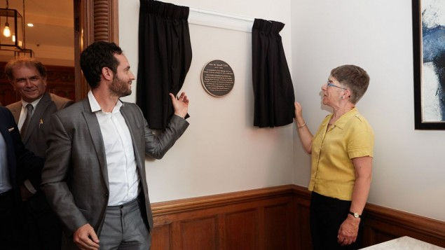 Otto Schiff Plaque Unveiling_Paul Godfrey from Godfrey London and Julia Shelley 2