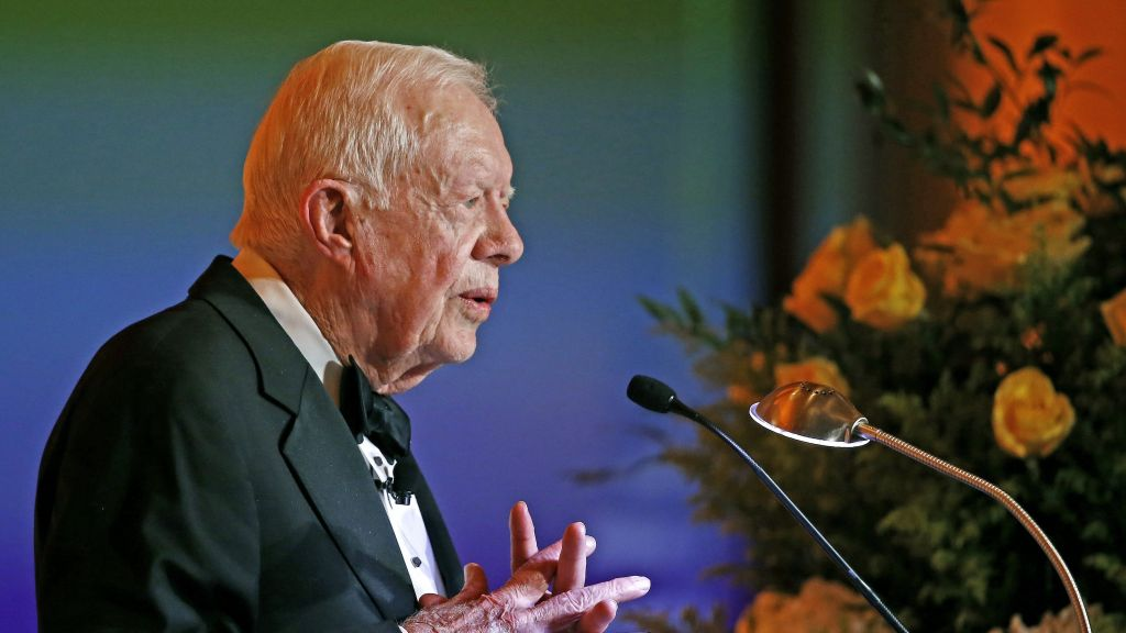 Jimmy Carter OK after dehydration treatment at Canada hospital