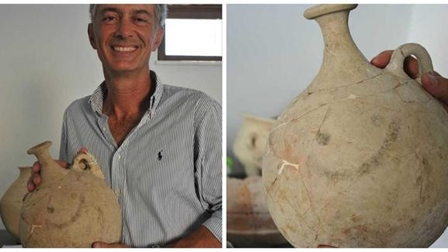 The 'smiley pot' was discovered by a team led by Nicolo Marchetti, an archeology professor at the University of Bologno, during excavations in Turkey's Gaziantep province alongside the Syria border. (courtesy)