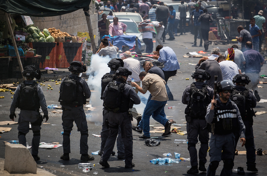 Jew Detector: 3 Palestinians Reported Killed In Riots Over Temple Mount