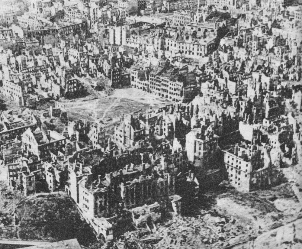 January 1945 aerial photo of destroyed Warsaw