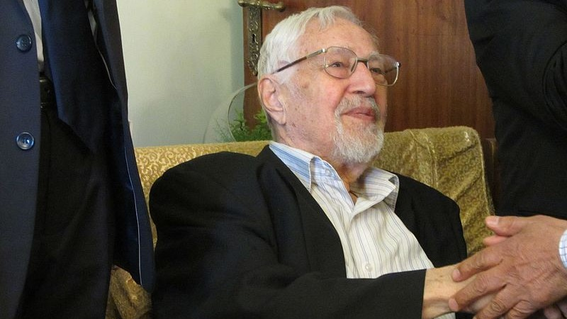 Former Iranian foreign minister turned opposition figure dies