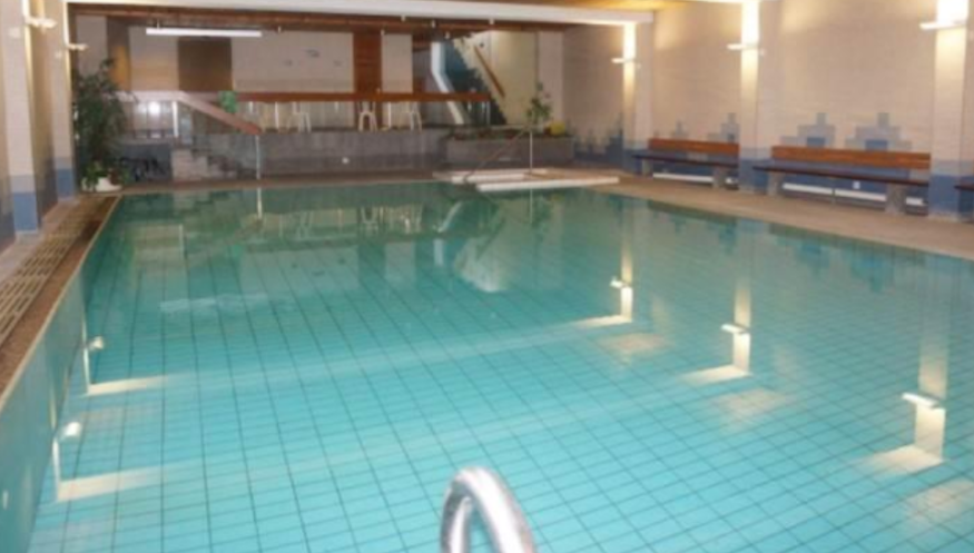 Swiss hotel criticized for signs telling Jews to shower before using pool