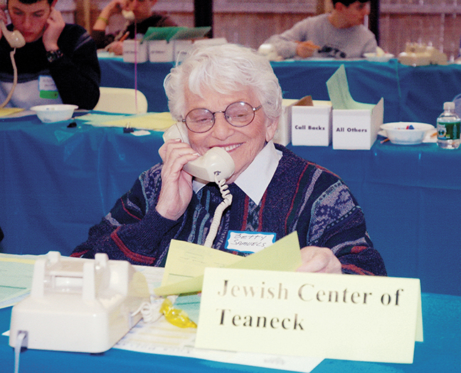 Betty Samuels threw herself into every activity that could benefit the shul she loved, the Jewish Center of Teaneck.