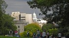 Photo du Capitole depuis le campus de l'université du Wisconsin à Madison, le 28 septembre 2010 (Crédit : CCBY/Richard Hurd, Flickr)