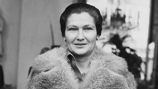 Simone Veil, then France's minister of health, outside the Elysee Palace in Paris, 1974. (Keystone/Hulton Archive/Getty Images)