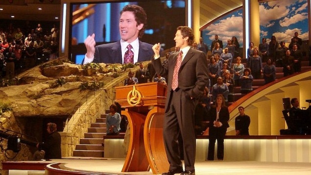 Joel Osteen, pasteur de la plus grande église des Etats-Unis, Lakewood Church à Houston, au Texas. (Crédit : Frank E. Lockwood/Lexington Herald-Leader/MCT)