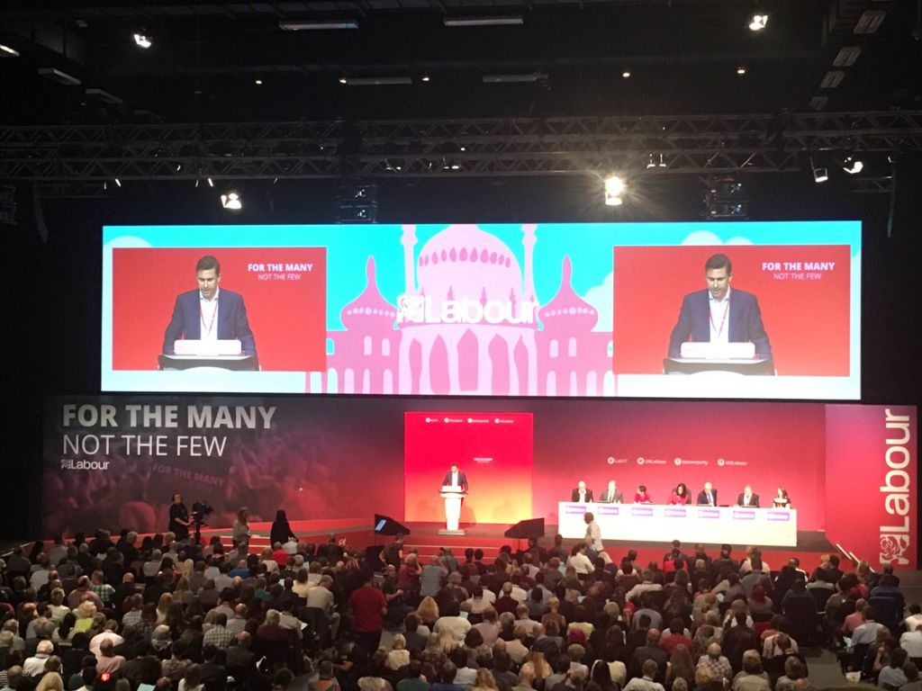 Labour Party Conference drama as speaker COLLAPSES on stage