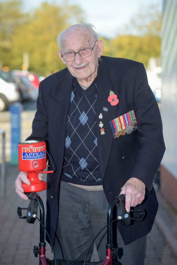 Poppy seller Ron Jones, Photo credit: Ben Birchall/PA Wire